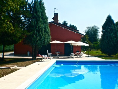 Piscina First Manor House